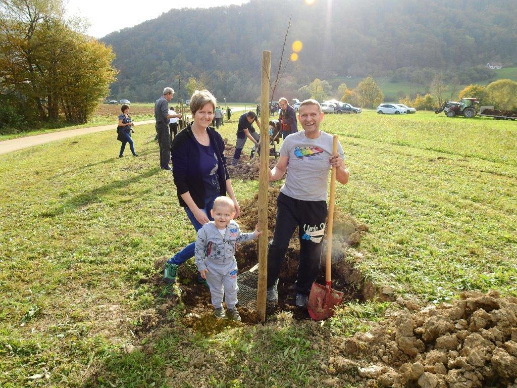 Zasaditev-drevored-20.10-10